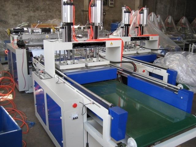 Full Auto Two-Line Plastic T-Shirt Bag Making Machine