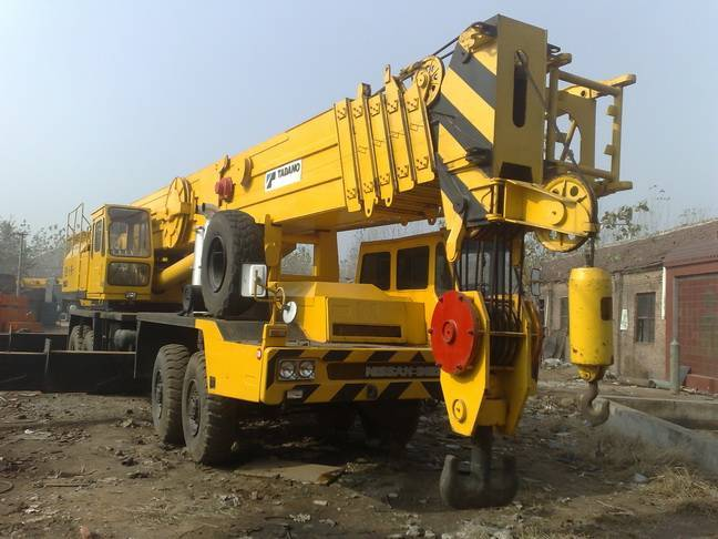 Sell Japan made TADANO TG1200E/TG1200M mobile truck crane used tadano crane used tadano 120ton crane