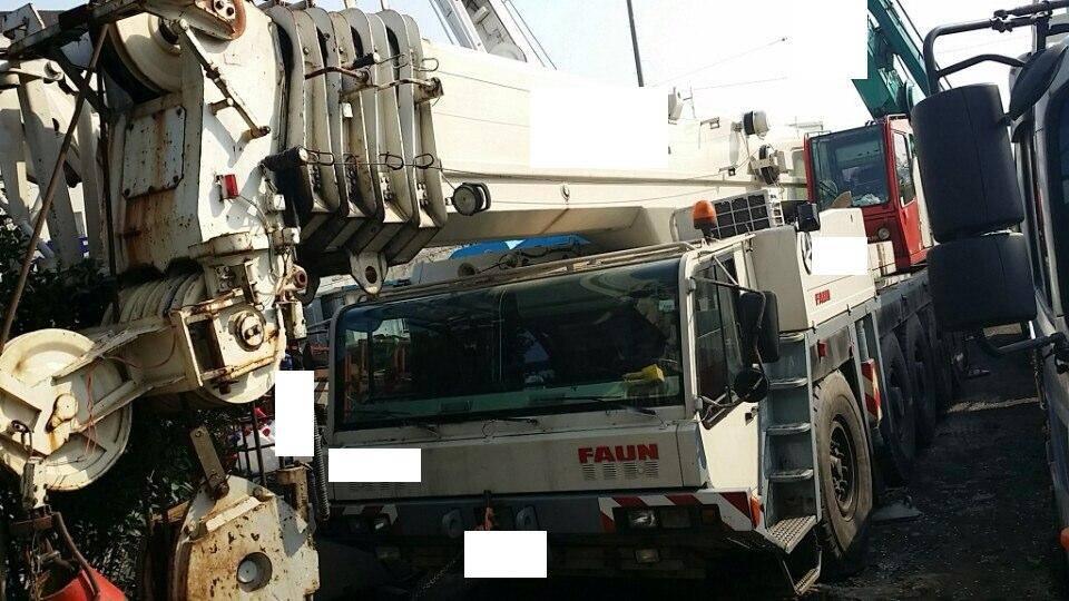 AC615 Demag 200 ton AT crane