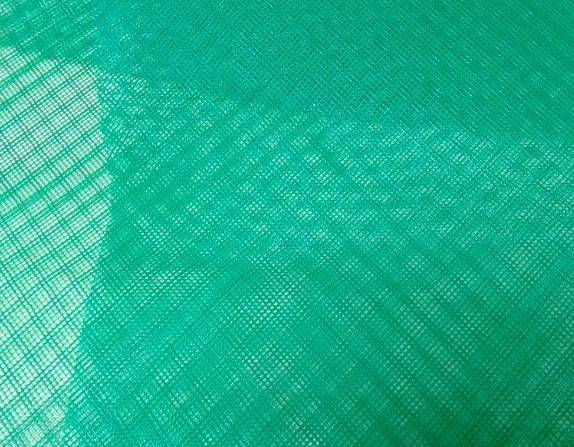 Resin flow mesh for RTM process