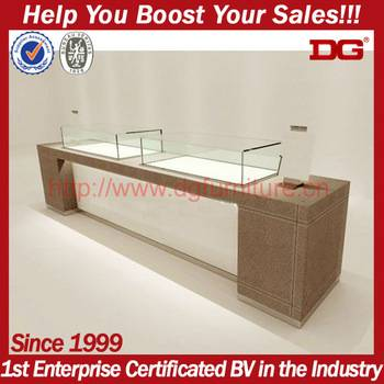 Mobile Wood Portable Acrylic Tabletop Jewelry Display Case