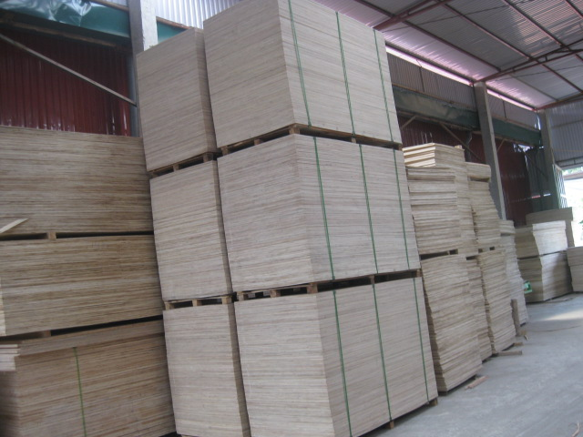 PLYWOOD FOR CONSTRUCTION AND PACKING