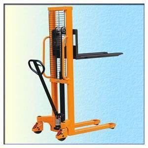 Hydraulic Stackers handle conveyor