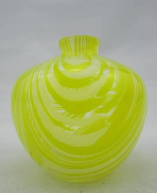 LD-047 High Quality New Design Glass Perfume Bottle