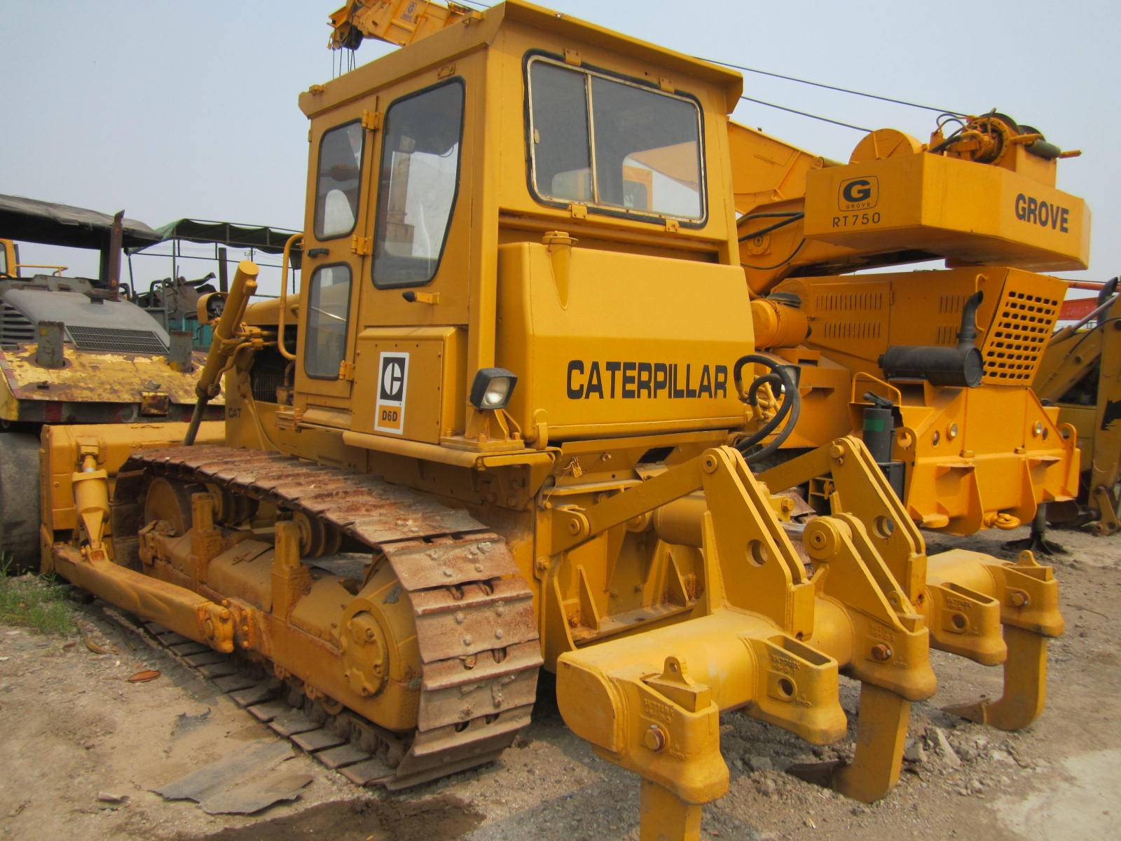 Used Track dozer Caterpillar D6D
