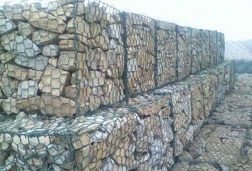 ASTM A975 standard galvanized Gabion basket suppliers with CE certificate as retaining wall