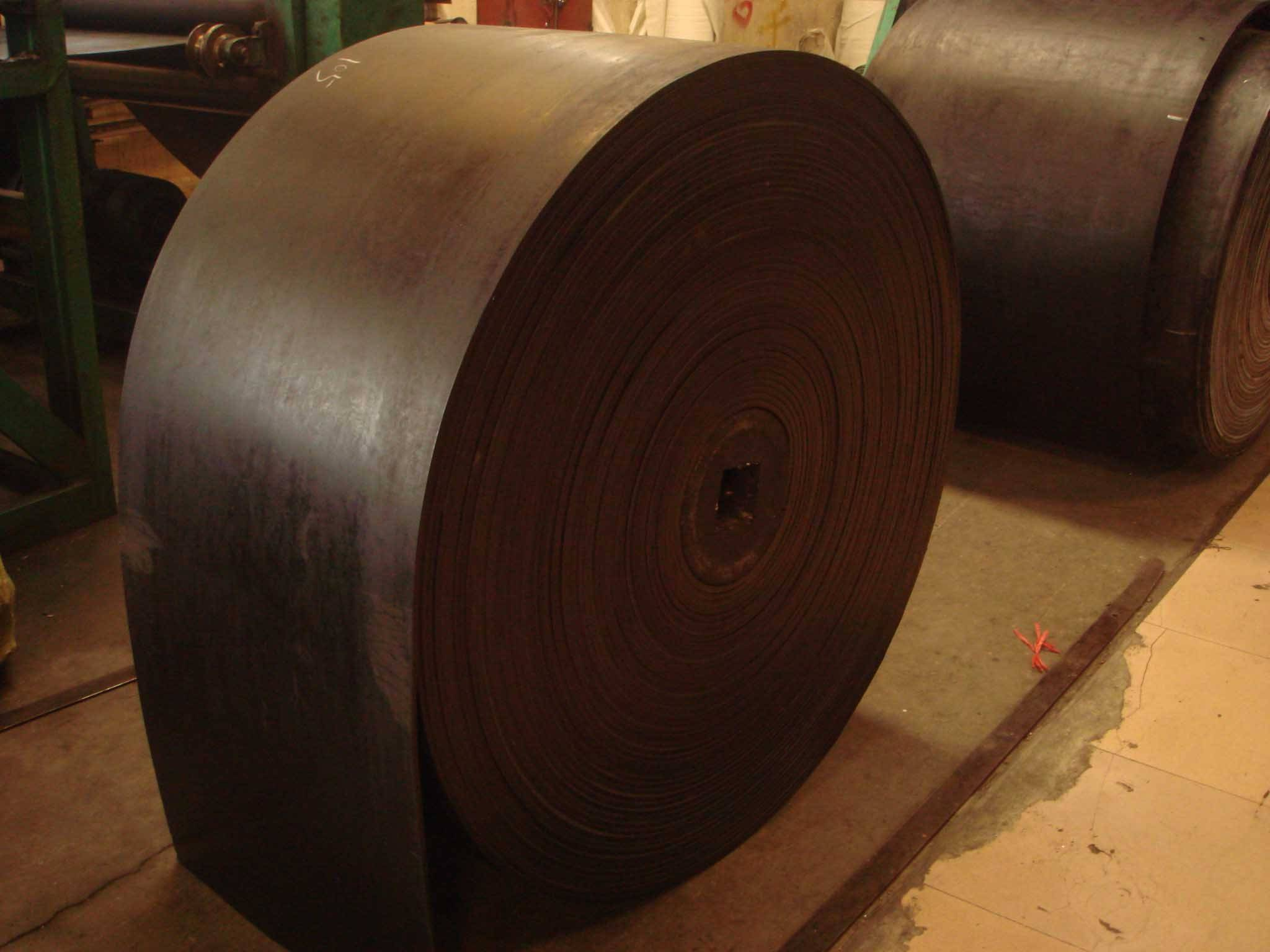 Rubber and plastic belts