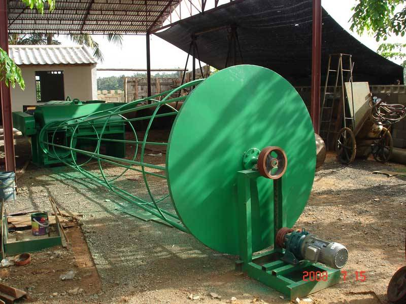 Filtration machine (coconut fiber machine).