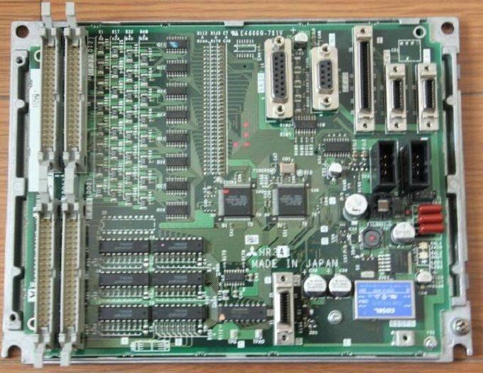 New Mitsubishi FCU6-HR341 I/O Board CNC System Original