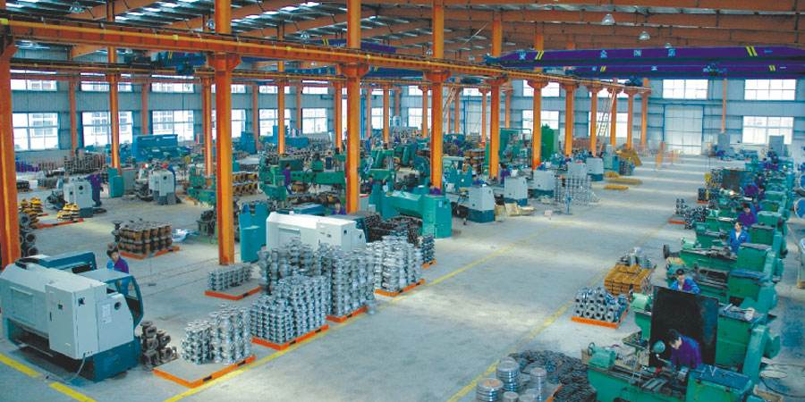 Big valve factory and machining equipments seek to be sold out