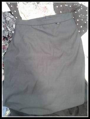 Lady used tlagale skirt