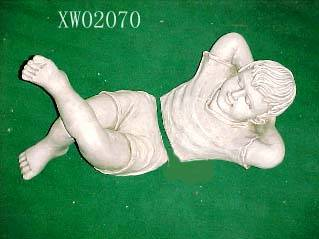 sell polyresin figurine