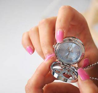 Necklace pocket watch 001 Inlaid with diamonds