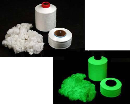 Glow staple fibers