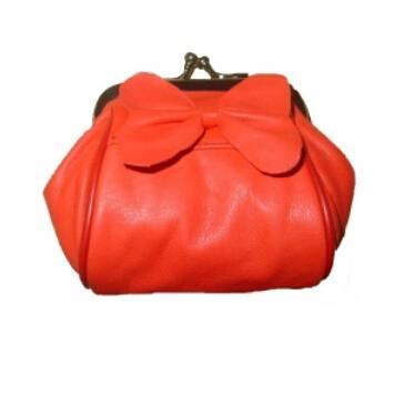 Fashion Handbags Supply