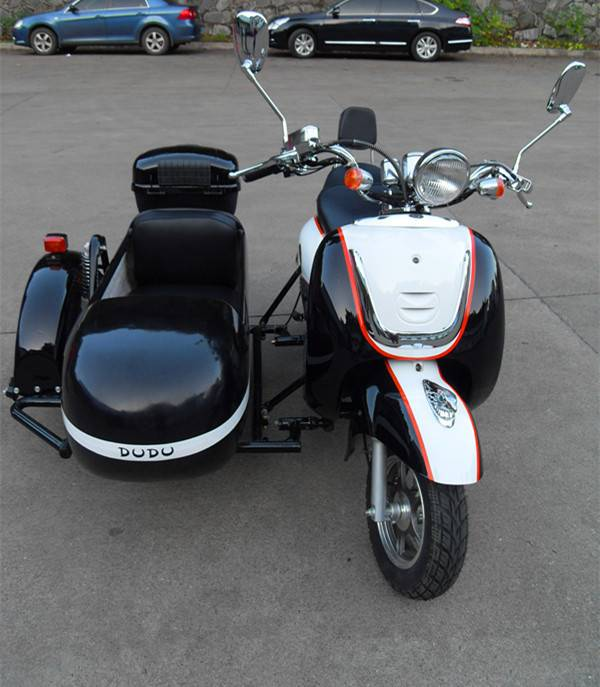 Black color electric motorcycle sidecar for female