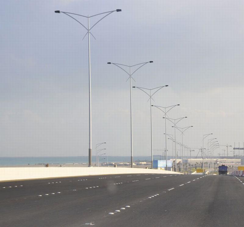 Expressway Lighting Poles