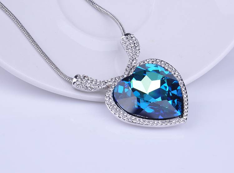 Wholesale Hot Selling Style Titanic Heart Necklace with Austrian Crystal