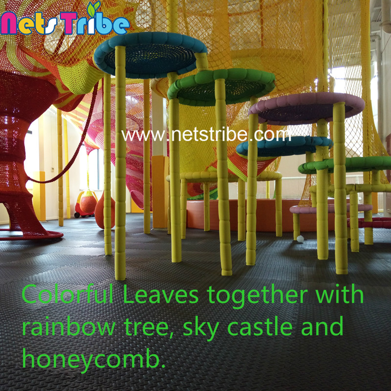 Beautiful and spectacular entertainment facilities Nylon rope colorful leaves amusement rides