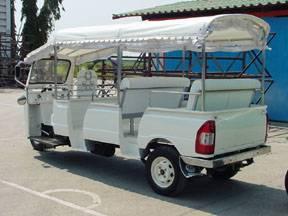 Tuk Tuk Transporter