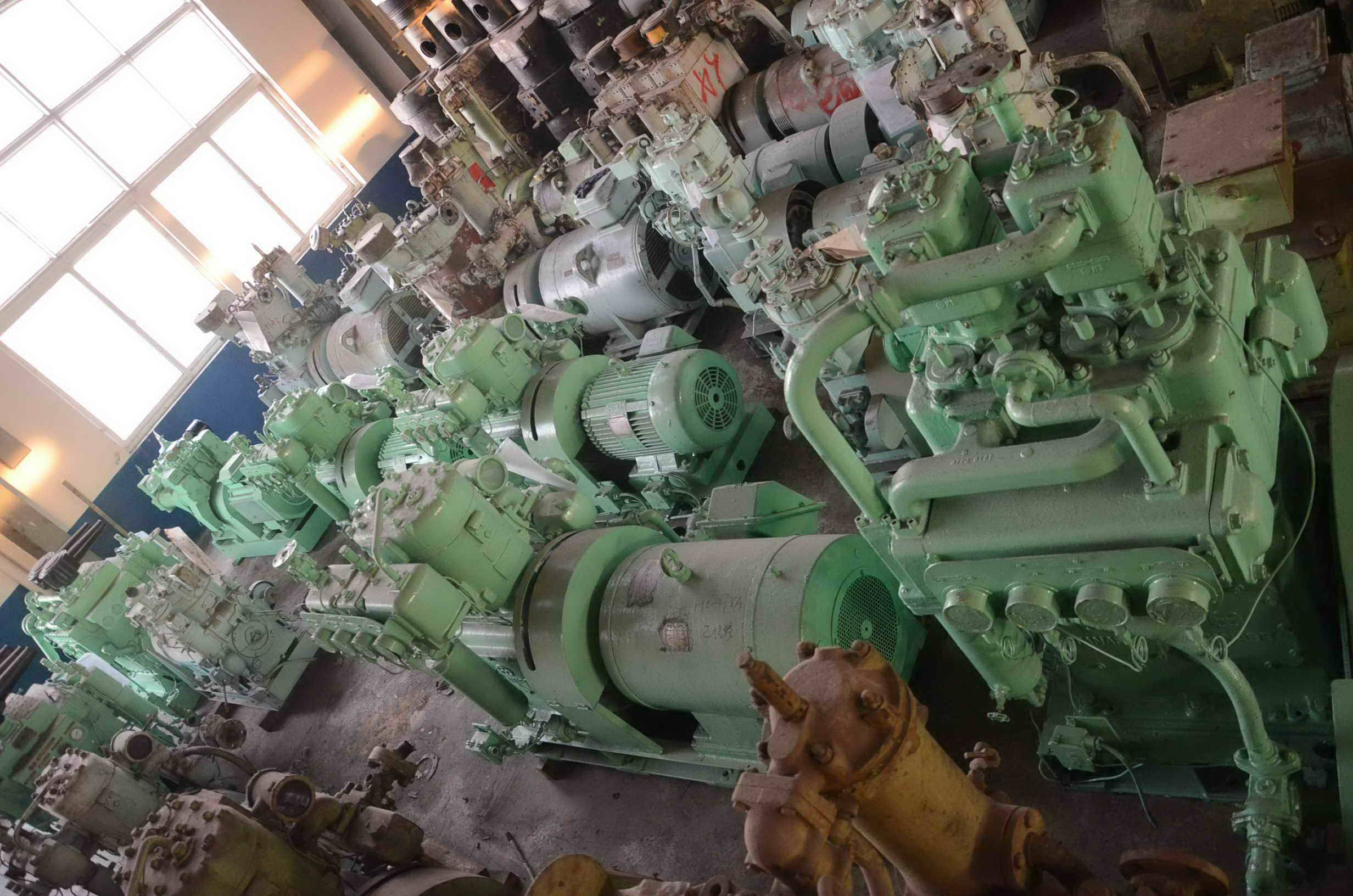 SINO-OCEAN MARINE HAS AIR COMPRESSOR FOR SALE