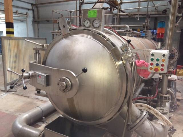 1 HORIZONTAL AUTOCLAVE ICBT FOR TERRY FABRIC YEAR 1995