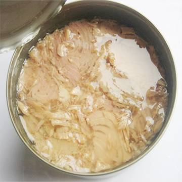 Canned tuna solid in oil