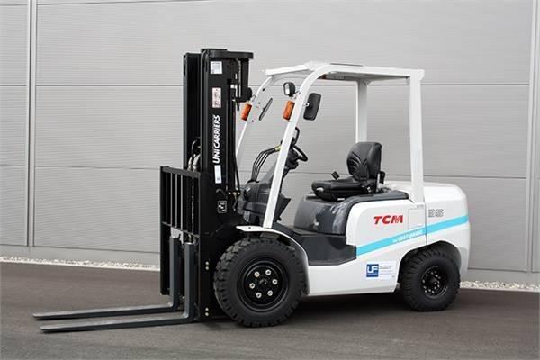 Brand new TCM 2.5ton diesel forklift truck with Isuzu engine