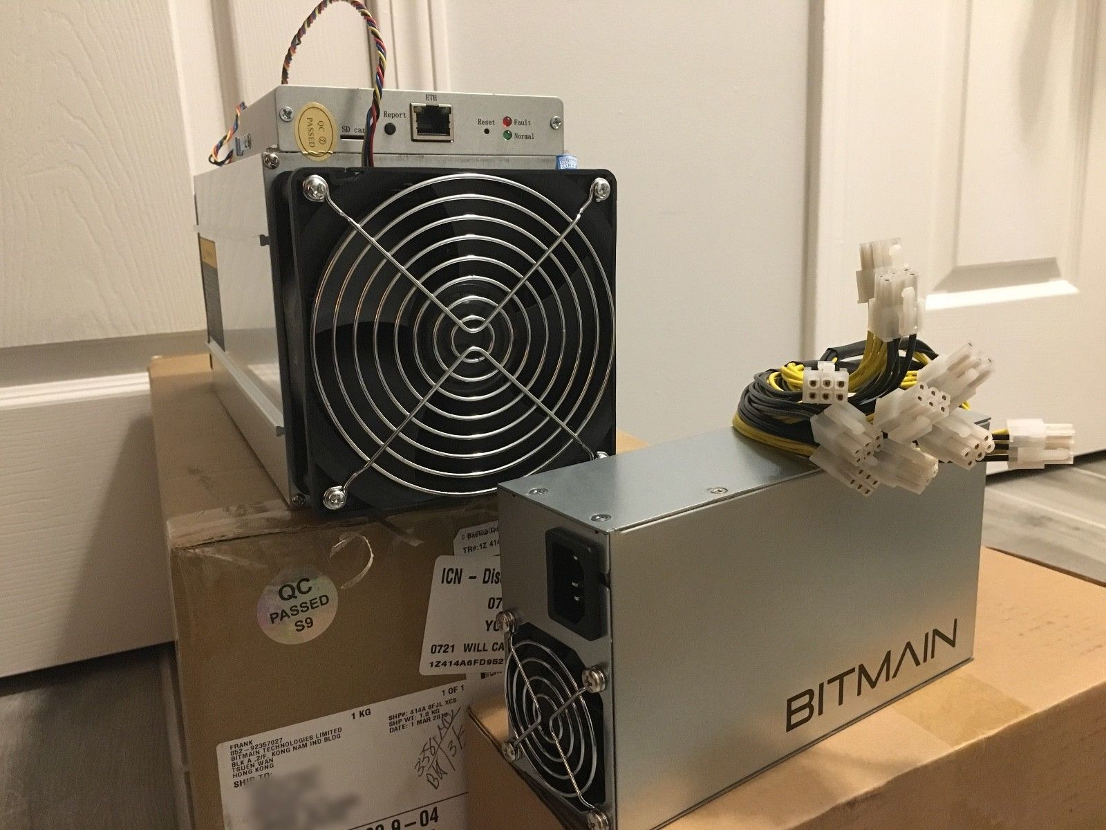 Antminer S9 14TH/s, AntMiner A3, Baikal Giant B, Graphic Cards