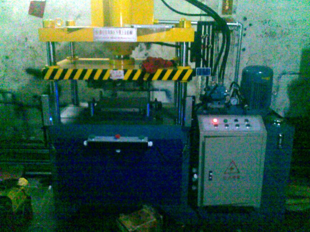 Practical 600 square plate hydraulic pressure production line