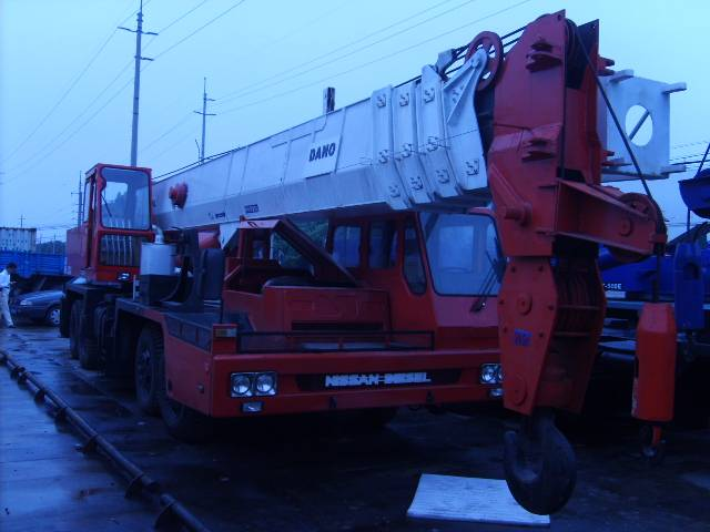 sell tadano truck crane