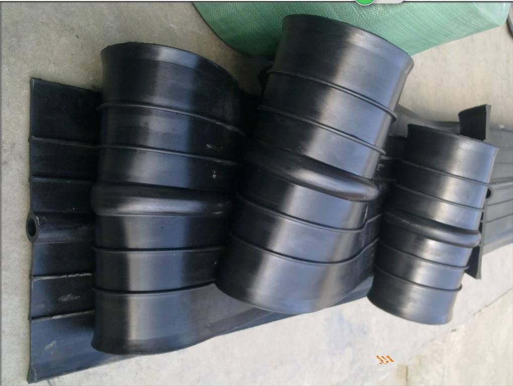 Water swelling rubber waterstop belt