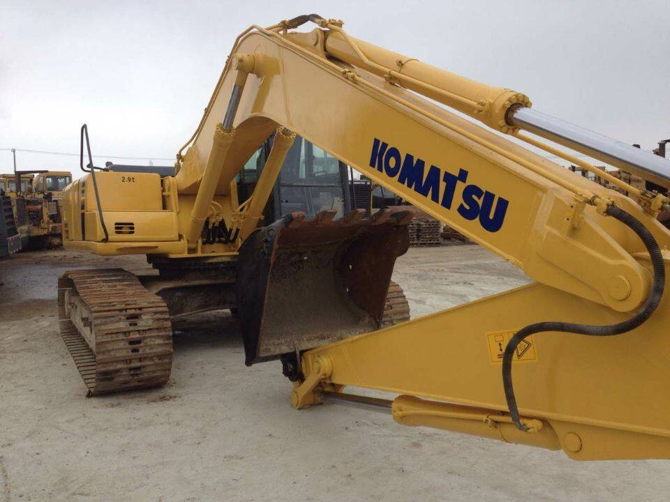 used excavator Komatsu PC220 PC120-6,PC130-7,PC150,PC200-5,PC200-6,PC200-7,PC200-8