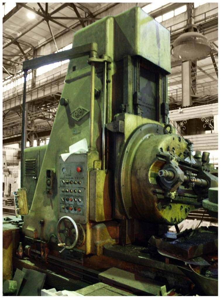 VERTICAL GEAR HOBBING MACHINE 5A342P