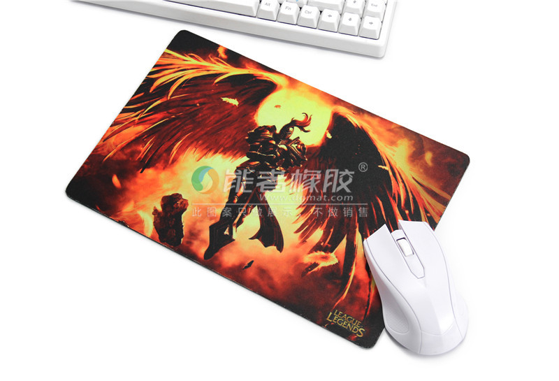 Custom Design Rubber Cloth Mouse pad use on any computer mouse type