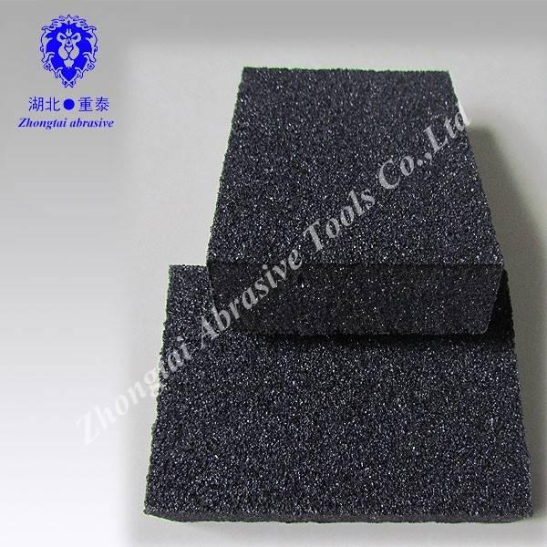 Manufacture low density sand sponge