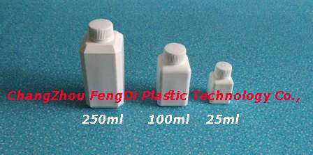 square laboratory reagent bottles