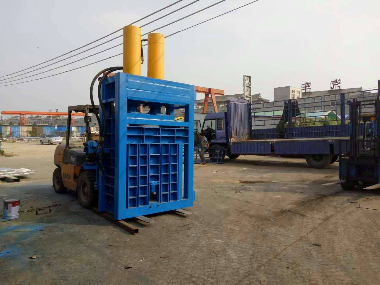 sell vertical hydraulic baler
