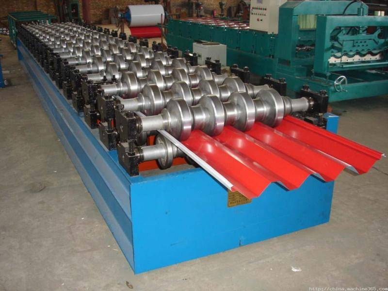 Glzaed tile roll forming machine