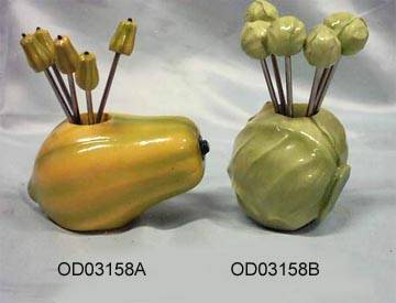 sell fork with polyresin handle and fruit holder