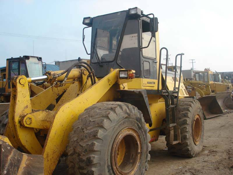 Offer used Komatsu 360-3 Loader
