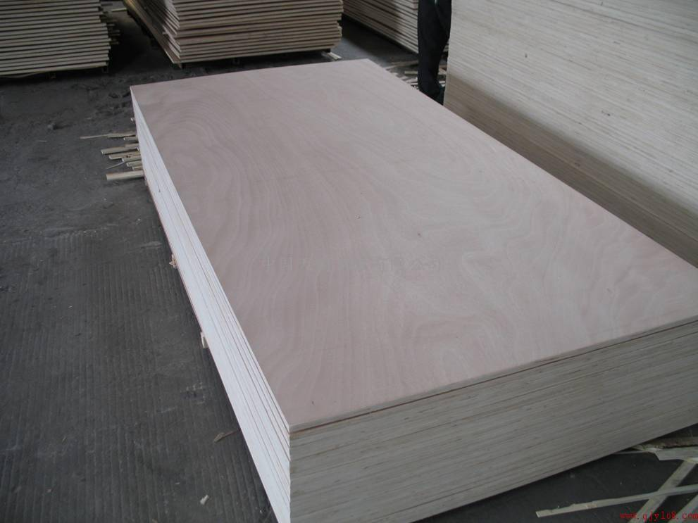 Popular Sales Poplar Plywood