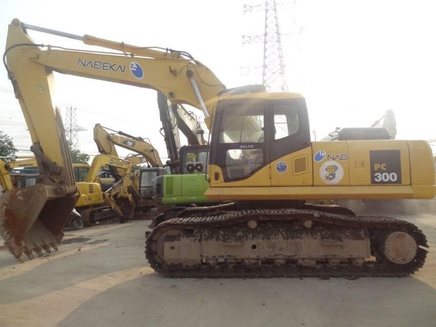 used hydraulic excavator komatsu 300-7