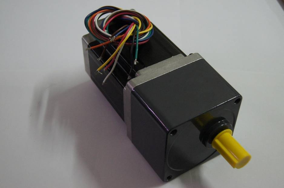 NEMA 34 Geared stepper motor