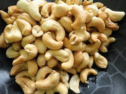 Raw Cashew Nuts Available