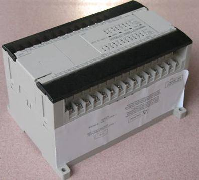 Selling new and original OMRON PLC C200H,CJ1W,CS1W,CPM1A,CPM2A...in low price