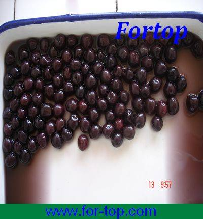 Canned Black Cherry