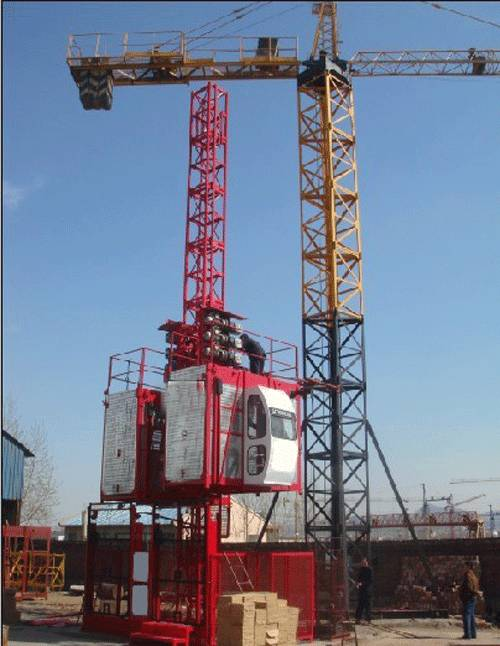 Construction Lifter (SC200/200) max laod 4t-Skype:towercrane2