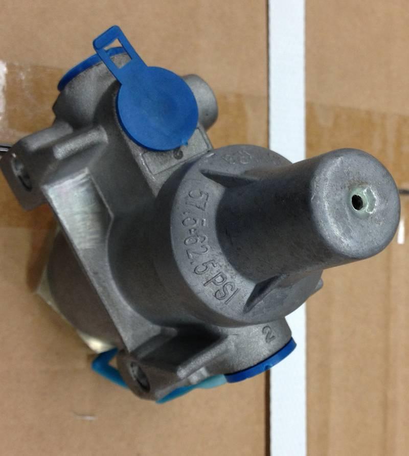 Brake Pressure valve A4740 for truck parts