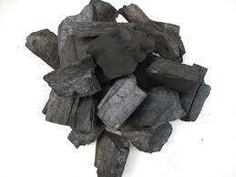 Hardwood charcoal in large quatity